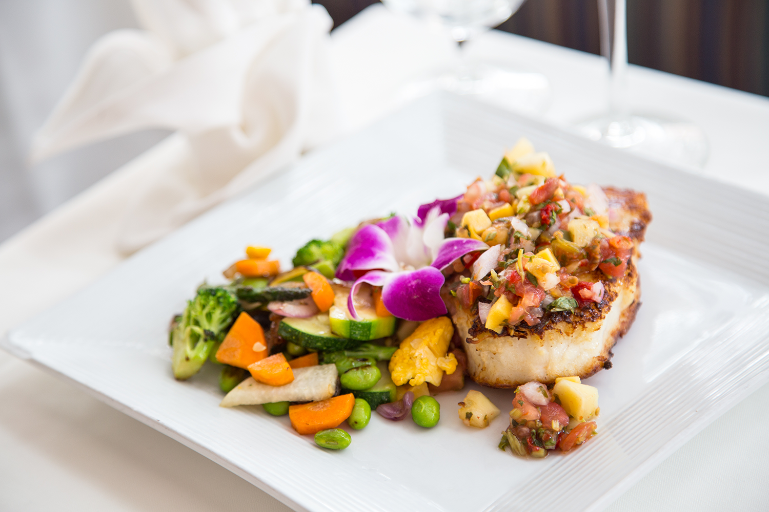 Cafe Marquesa Simply Grilled Yellowtail Snapper